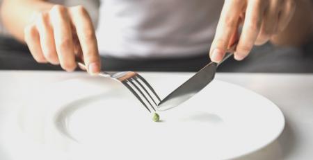 yeme bozuklukları çeşitleri ve belirtileri